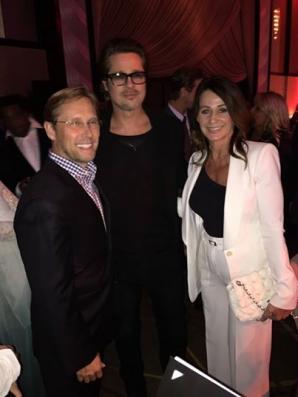 Nadia Comăneci, Bart Conner şi Brad Pitt