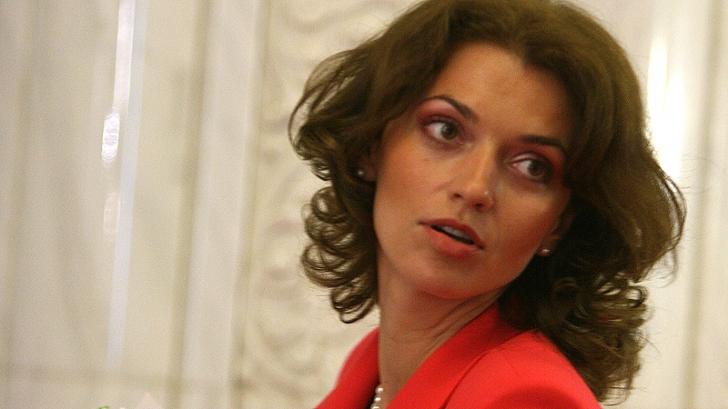 Cine este Alina Gorghiu, noul preşedinte al PNL