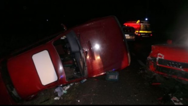 Accident mortal la Sibiu. Un autoturism a luat foc