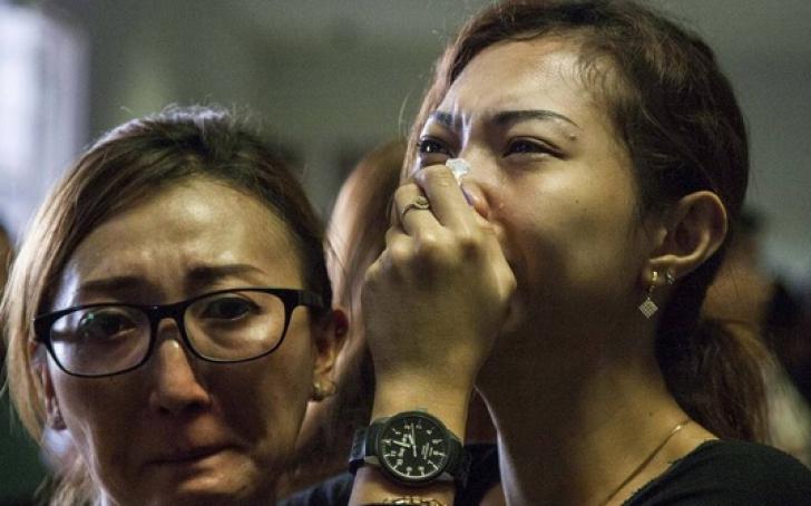 Avion AIRASIA prăbuşit. TERIFIANT: Victimele găsite în apă se ţineau de mâini