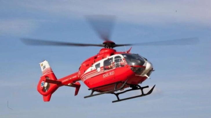 Copil în stare gravă, preluat cu elicopterul SMURD. A fost accidentat de discul unui tractor