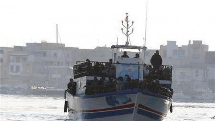 """""""Căpitanul"""" navei Blue Sky M povesteşte periplul către coastele italiene"""