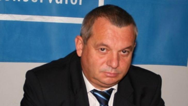 Ion Diniță va fi cercetat în continuare sub control judiciar