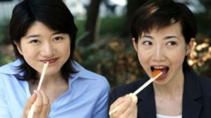 Dieta japoneză. Te ajută să slăbești și întârzie îmbătrânirea