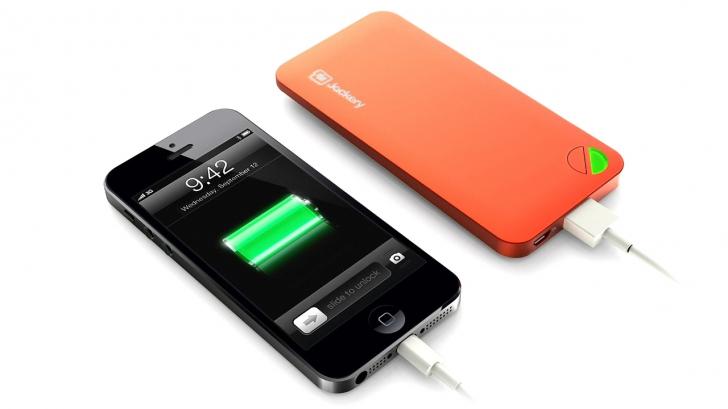 Cele mai bune metode prin care să încarci telefonul MULT MAI RAPID!