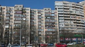 O tânără de 26 de ani s-a aruncat de la etajul al zecelea al unui bloc turn din Botoşani
