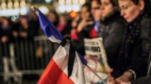 Sute de mii de francezi au adus un omagiu victimelor de la Charlie Hebdo. Sursa foto: www.dcnews.ro