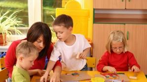 """Acordarea tichetelor pentru plata """"after school"""", adoptată tacit de Camera Deputaţilor"""