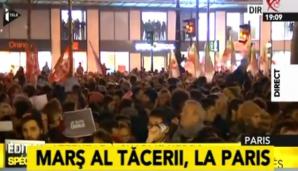 """ATENTAT FRANŢA. Mii de persoane, la un marş al tăcerii, purtând pancarte cu """"Je suis Charlie"""""""