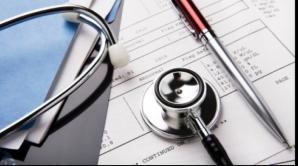 Cardul de sănătate crează haos. Autorităţile spun una, medicii fac alta
