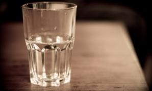 Îl bea toată lumea, dar habar n-are ce bea. Cel mai vechi antibiotic natural