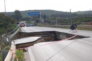 Pod prăbuşit, în Italia, la 10 zile după inaugurare