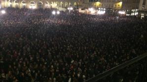 CHARLIE HEBDO. Mii de oameni participă la noi MARȘURI de solidaritate în Franţa