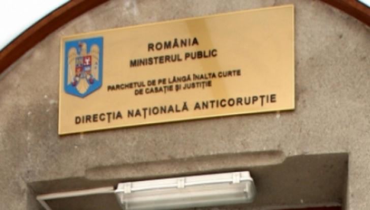Șeful Biroului Executare Silită Persoane Juridice din ANAF Satu Mare, reținut de DNA