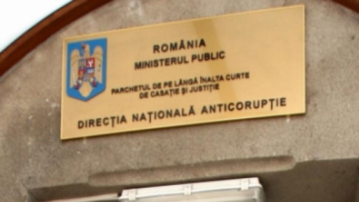 Primarul din Lupeni, Cornel Resmeriţă, reţinut 24 de ore în Dosarul Gala Bute