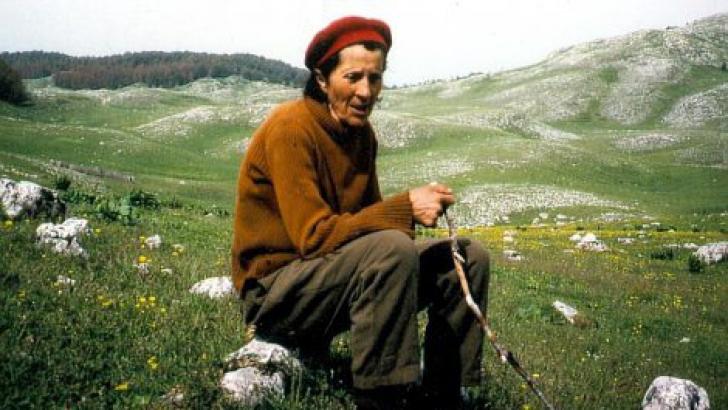 Incredibila poveste a FECIOARELOR-BĂRBAT din Balcani