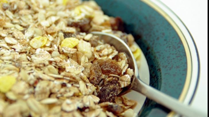 Semințele de ovăz sunt sănătoase, însă îngraşă. Iată motivele