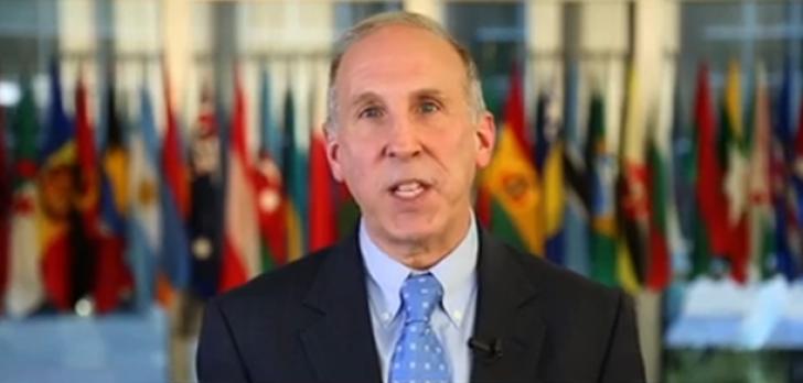 James D. Pettit, ambasadorul SUA la Chişinău