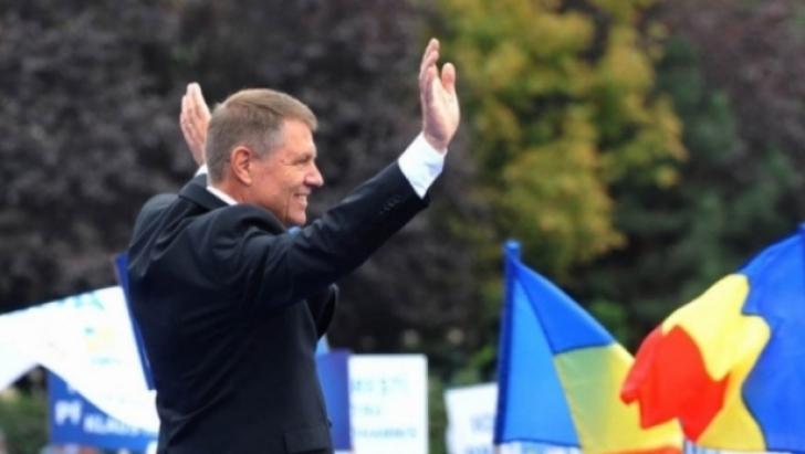 Iohannis, în Hora Unirii la Iași