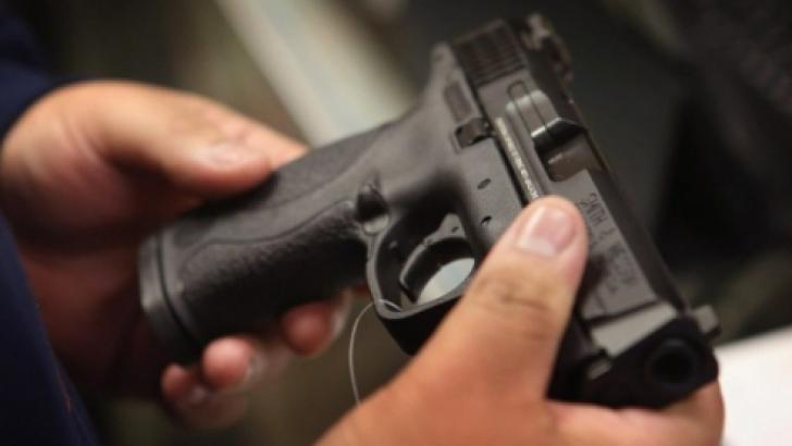 Incident grav într-un poligon de tir sportiv, din Capitală: Doi oameni au murit