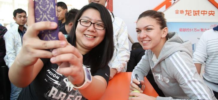 Simona Halep, alături de fanii din China
