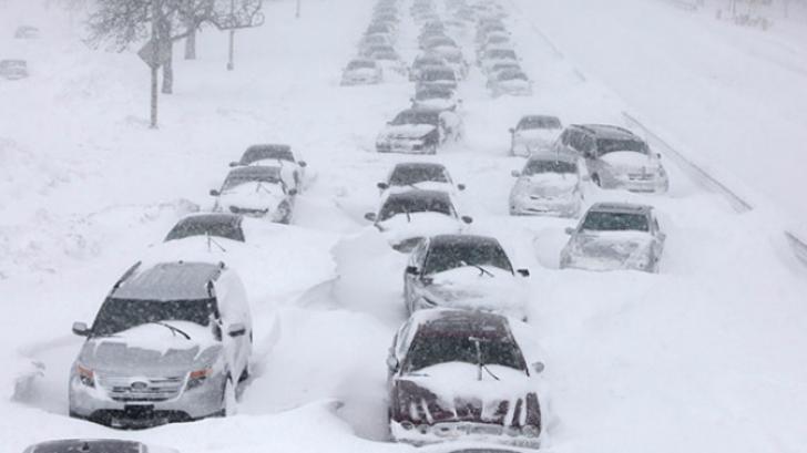 În Europa ninge ca în plină iarnă