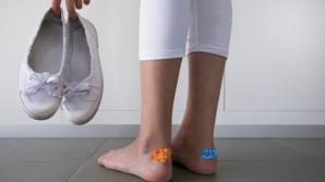 4 trucuri folositoare ca să nu faci bătături de la pantofi