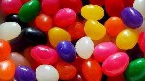 Caz şocant! Un băiețel și-a ars limba cu bomboane
