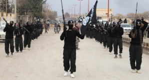 Mărturii din capitala Statului Islamic: E o mare închisoare. Problema nu e cum intri, ci cum ieşi