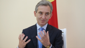Guvernul lui Iurie Leancă nu primeşte votul de încredere al Parlamentului