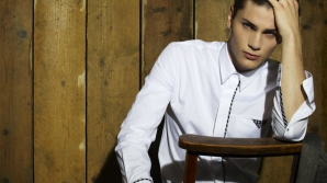 Sfaturi pentru bărbaţi: Cum să îţi alegi cămaşa