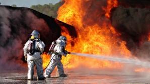 Incendiu violent la o vulcanizare