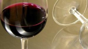 Este vinul roşu bun pentru inimă? Iată ce spun cardiologii