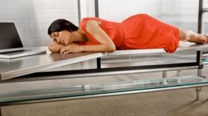 Somnul la serviciu = angajați buimaci și aiuriți