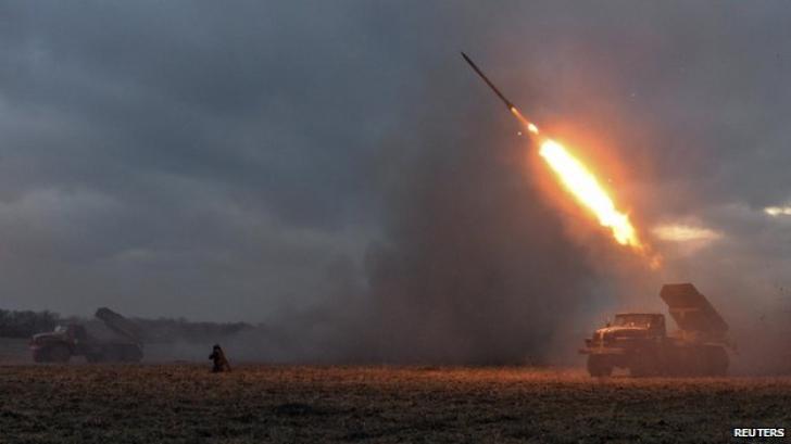 Președintele ucrainean Petro Poroșenko a declarat că Ucraina este angajată într-un 'război real' cu Rusia