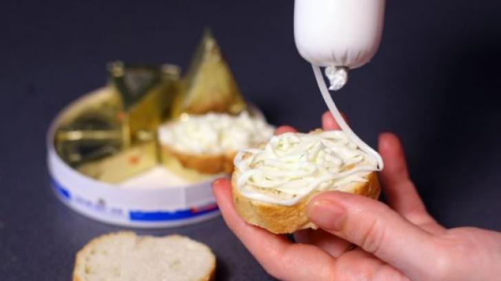 Brânza topită, aliment sau otravă? Ce conţine, în realitate, micul dejun preferat copii / Foto: evz.ro