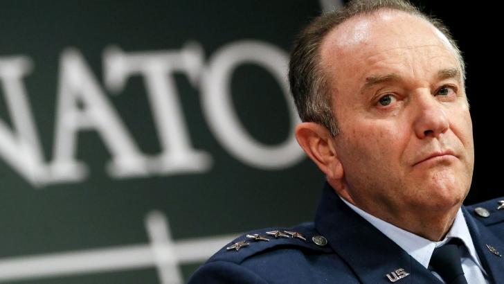 Generalul Philip Breedlove: Rusia își îndreaptă privirea spre Republica Moldova