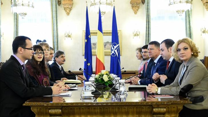 Iohannis: Rolul societății civile, important pentru a impulsiona clasa politică spre reforme