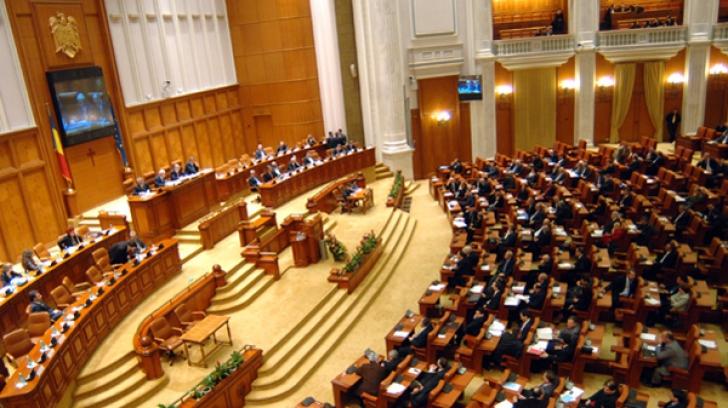 Deputații au respins moțiunea simplă adresată Ministrului Munciii