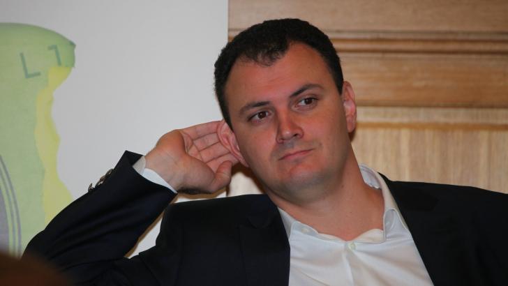 Declarația semnată de Sebastian Ghiță care face valuri pe internet