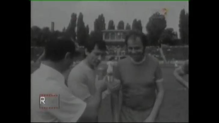 Video incredibil cu Alexandru Arșinel pe terenul de fotbal, în 1970!