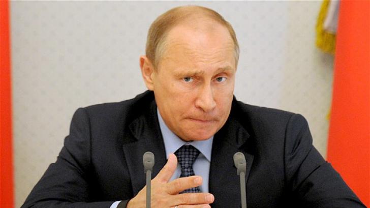 """""""Este Putin responsabil de asasinarea lui Boris Nemțov?"""" Reacţia unui politician român pe Facebook"""