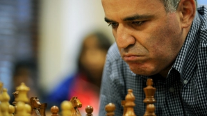 Kasparov, aliat al lui Nemţov