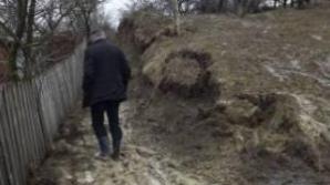 Stare de alertă la Bisoca, în Buzău, după o alunecare de teren masivă