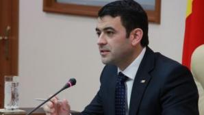 Premierul Republicii Moldova n-a luat Bac-ul, dar a absolvit o facultate. Cum explică