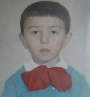 Fotografie de colecţie. Cum arăta Dan Diaconescu în copilărie