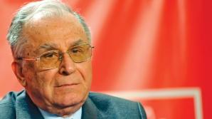 Ion Iliescu împlineşte astăzi 85 de ani. Transmite-i o urare fostului preşedinte