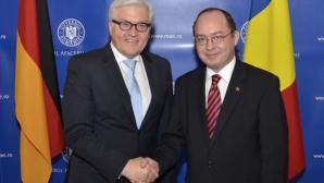 Gafă diplomatică: Aurescu i-a înmânat omologului său german o hartă a Franței cu drapelul german
