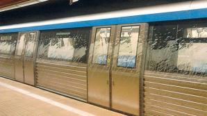 """Mister dezlegat la metrou. Ce s-a întâmplat de fapt cu garniturile de tren pline de """"noroi"""""""