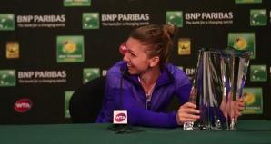 Simona Halep, învinsă de greutatea trofeului